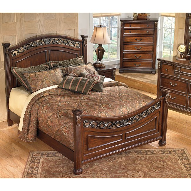 Leahlyn Panel Bedroom Set Signature Design By Ashley Furniture Furniturepick