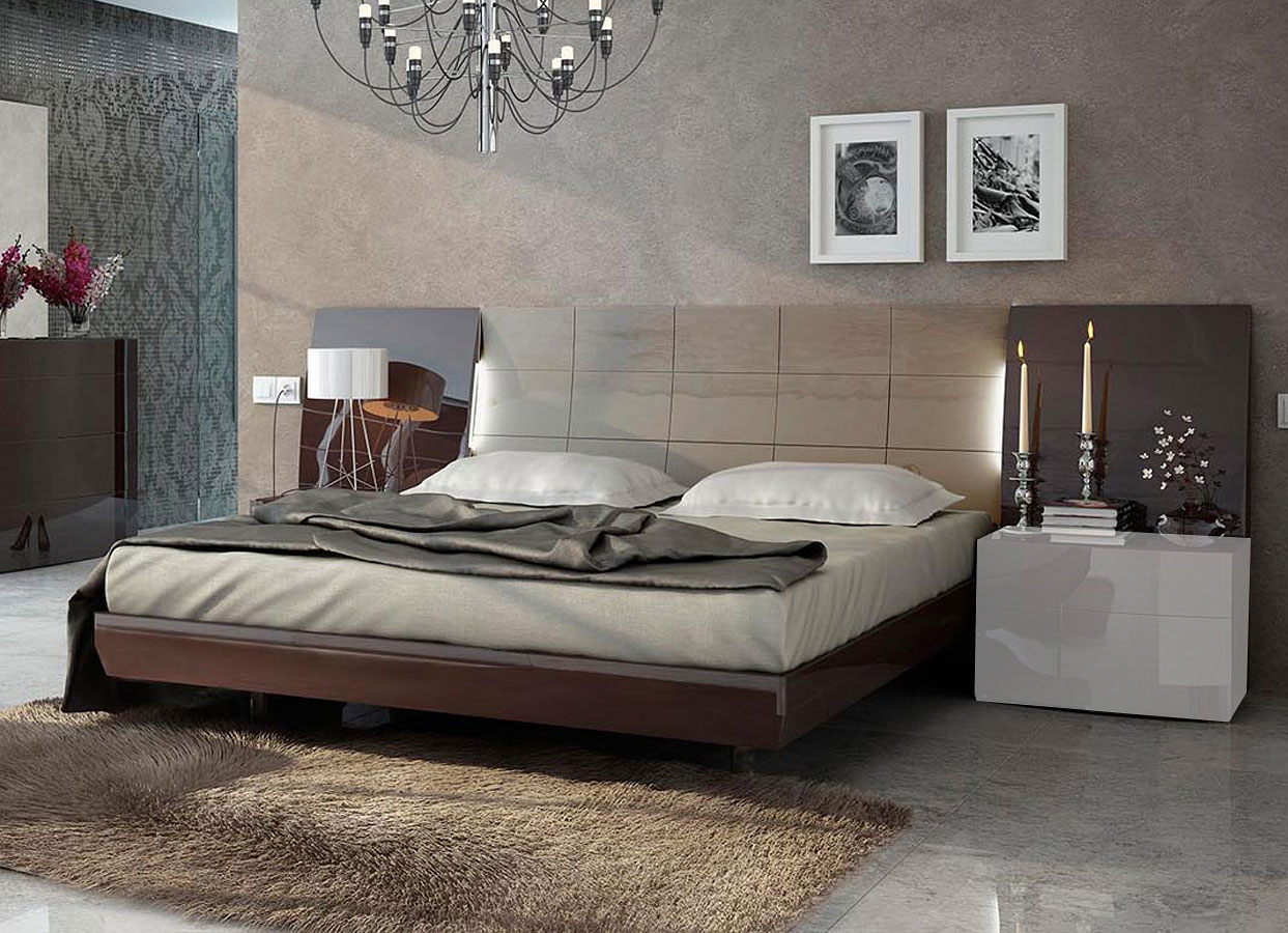 Barcelona Platform Bedroom Set By Esf Furniture Furniturepick