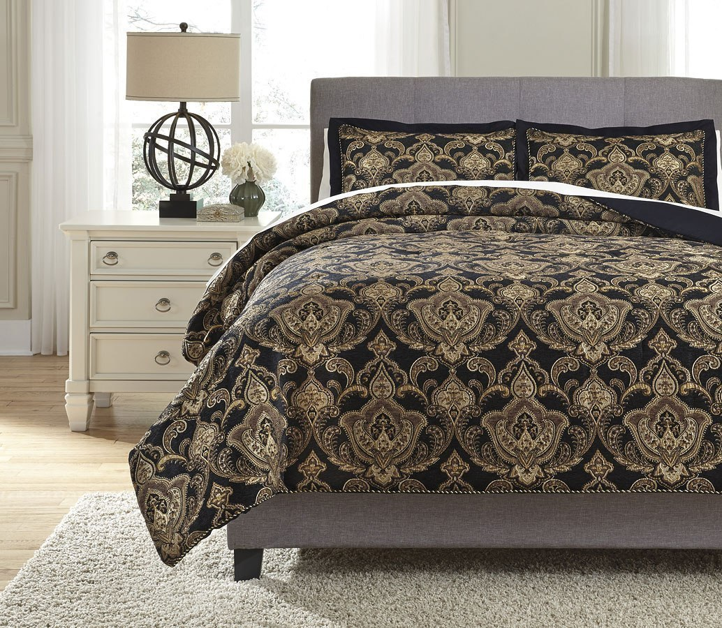 Amberlin Onyx And Gold Comforter Set By Signature Design By Ashley Furniturepick
