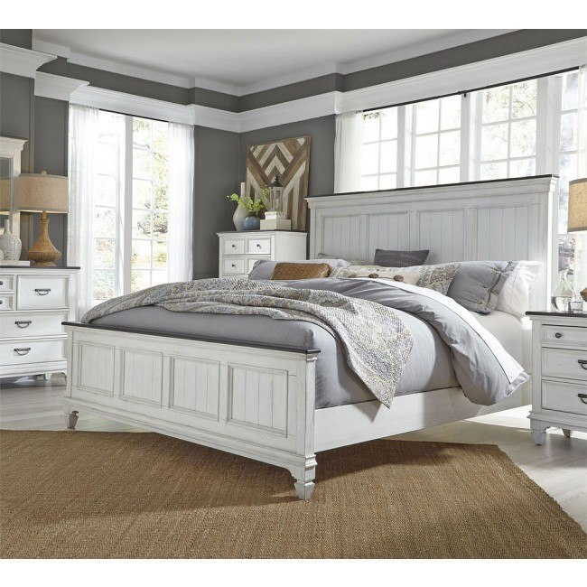 Allyson Park Panel Bedroom Set