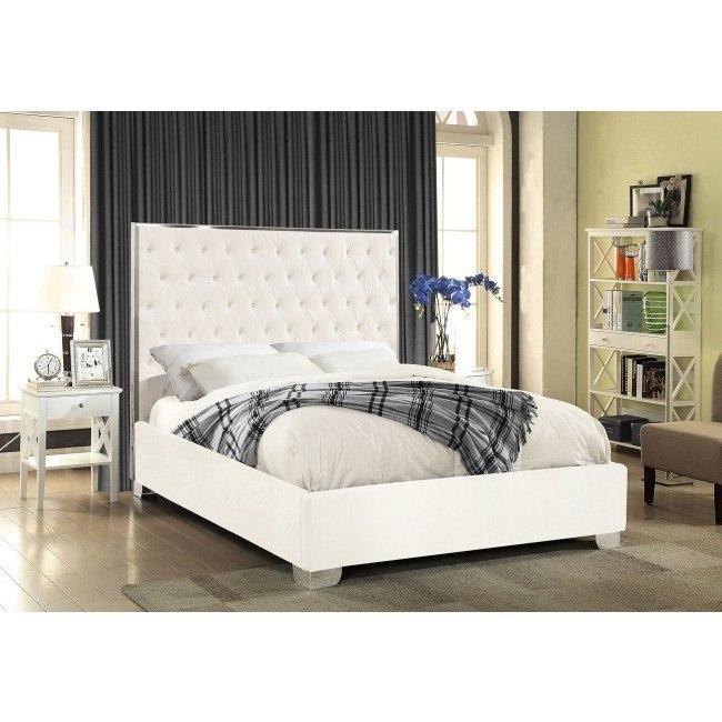 Lexi Upholstered Platform Bed White By Meridian Furniture Furniturepick