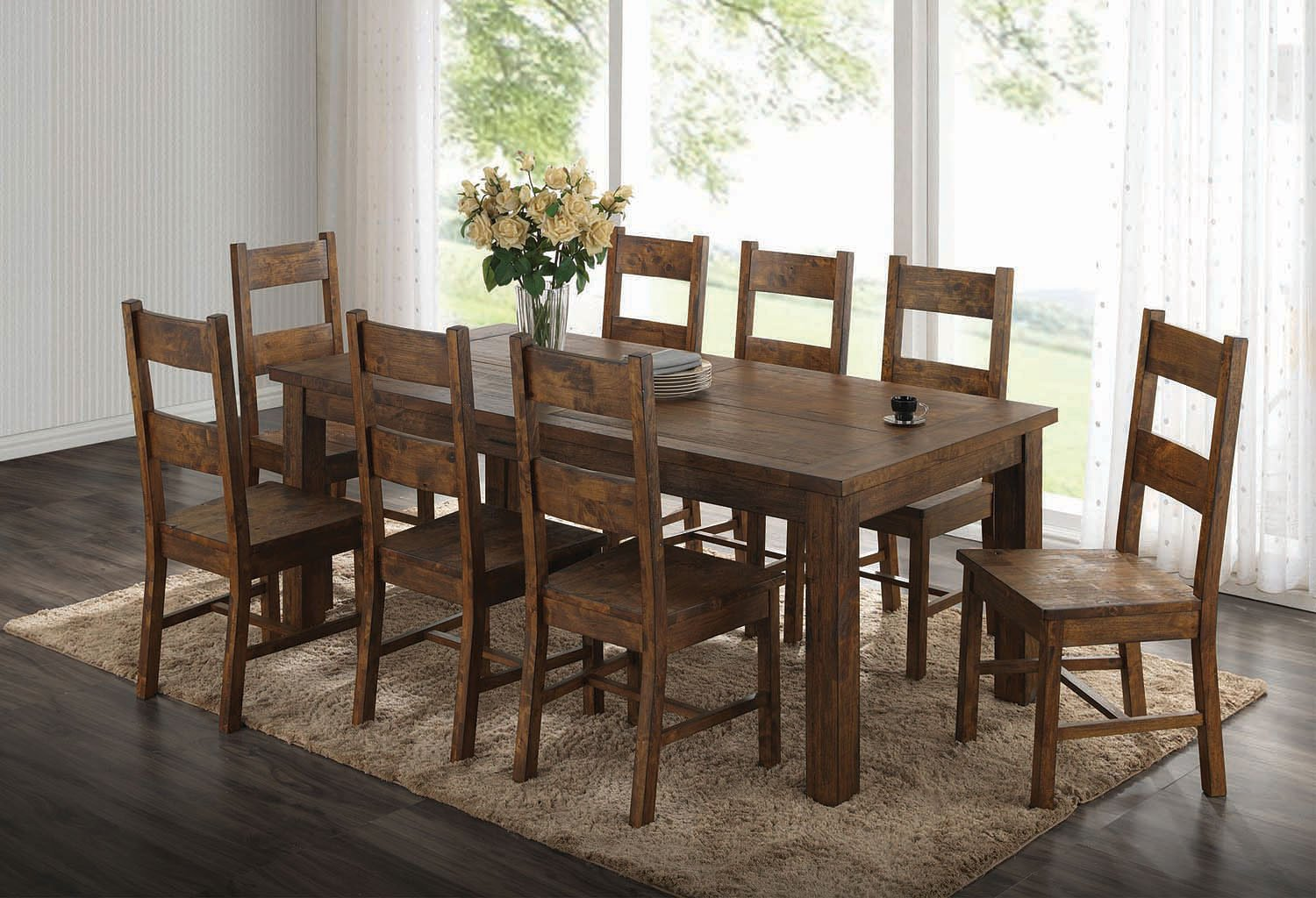 Superbe Coleman Dining Room Set