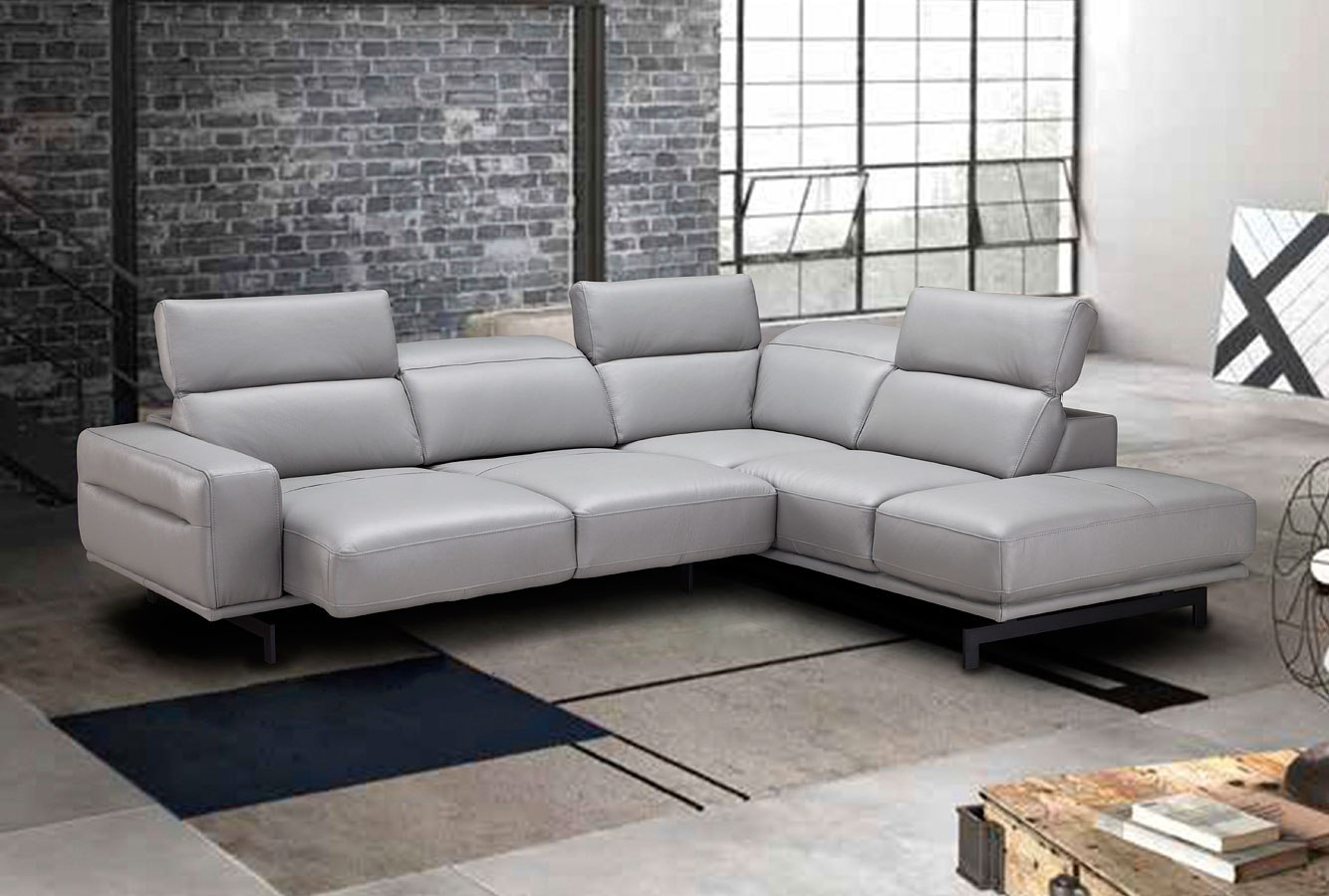 Davenport Right Chaise Sectional Light Grey By Jm