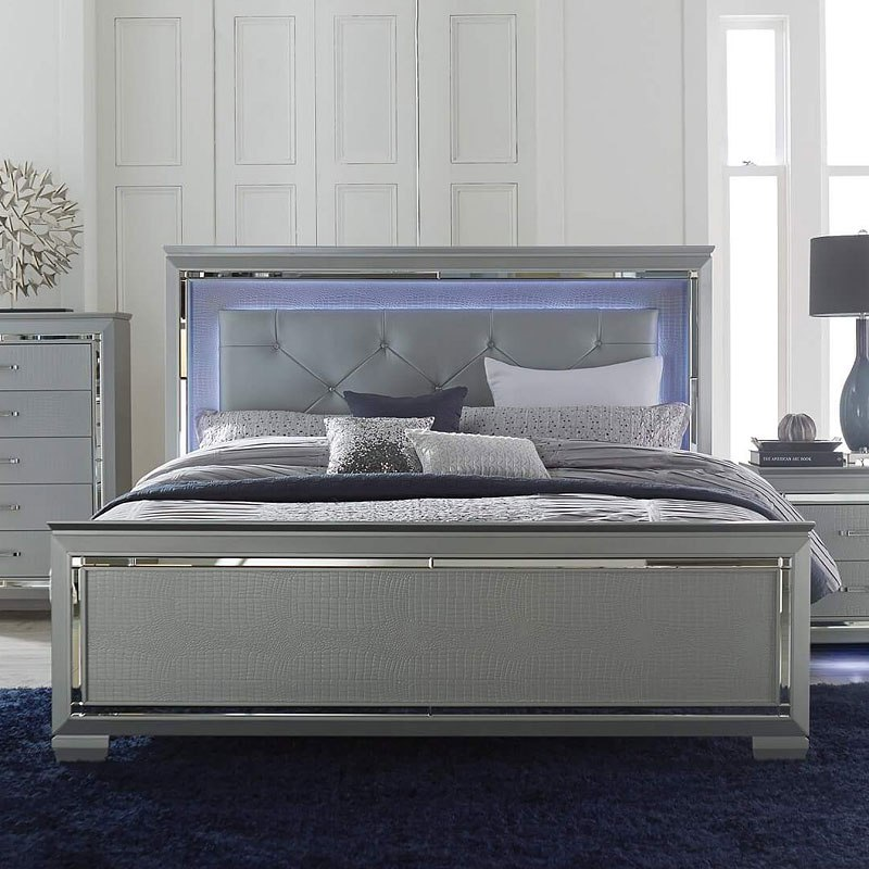 Allura Panel Bedroom Set w/ Lighting (Silver)