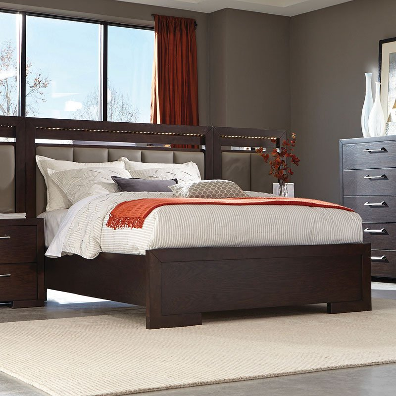 Berkshire Panel Bedroom Set By Coaster Furniture