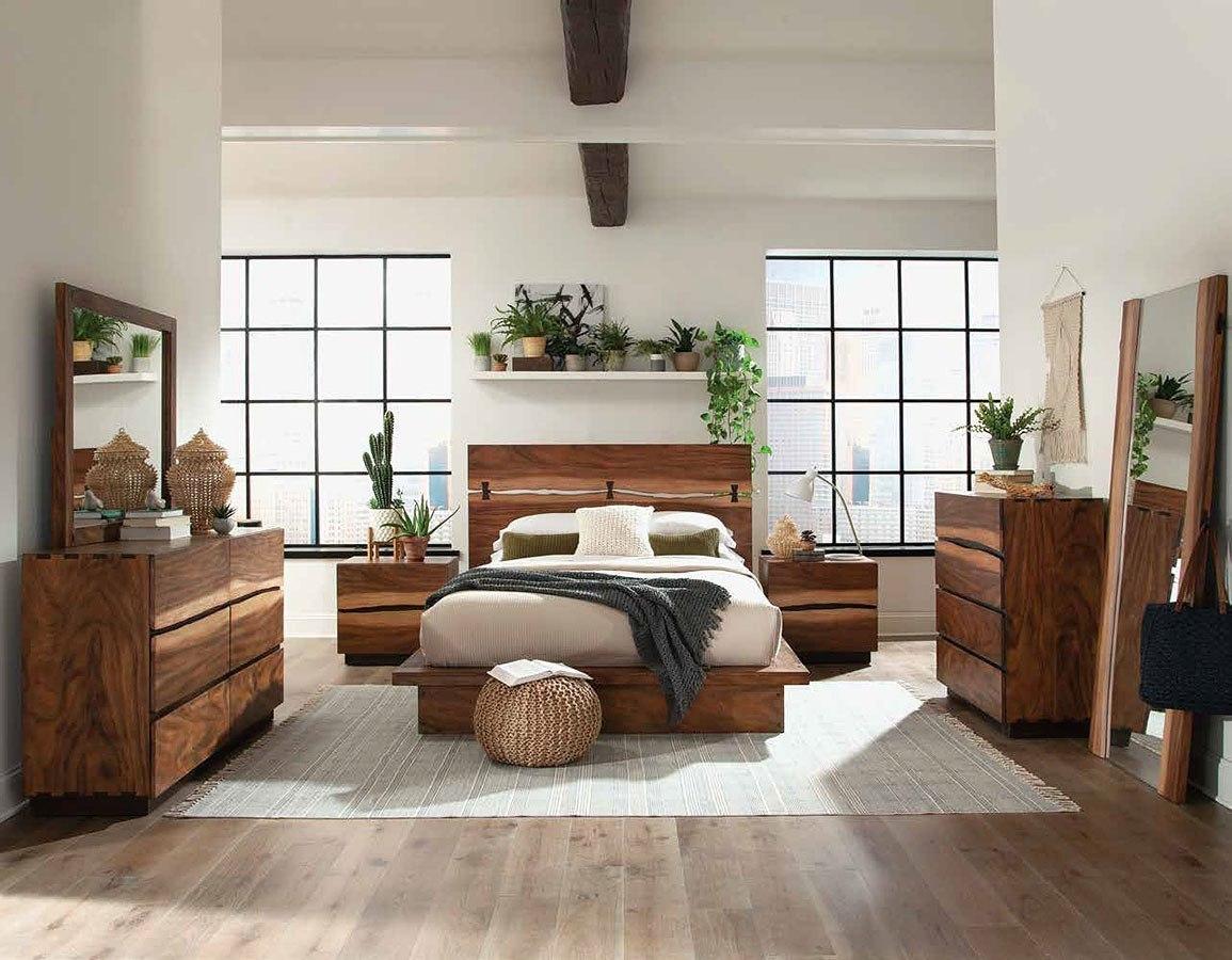 Madden Platform Bedroom Set By Coaster Furniture
