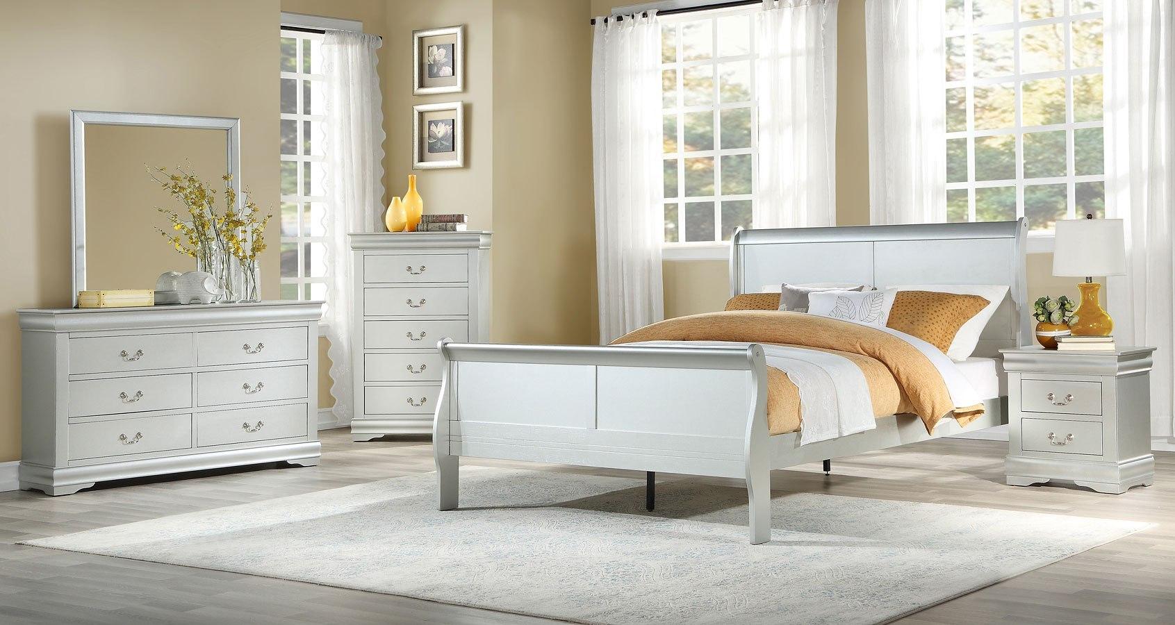 Louis Philippe Sleigh Bedroom Set Platinum