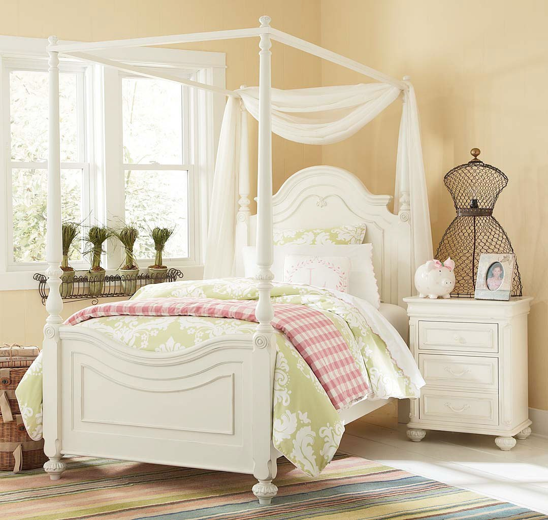 Charlotte Canopy Bedroom Set by Legacy Classic Kids | FurniturePick