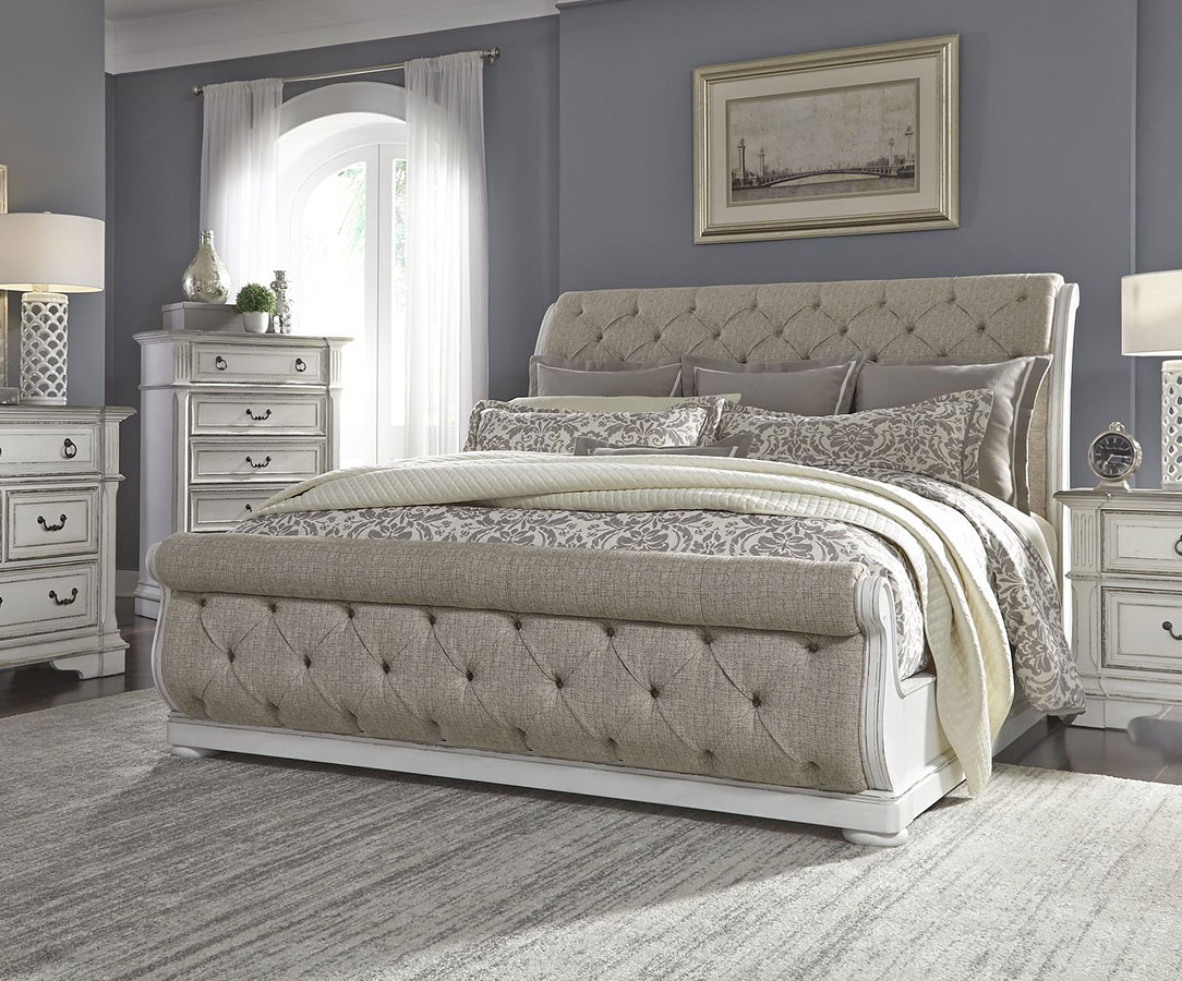 Abbey park upholstered sleigh bedroom set by liberty furniture furniturepick for Upholstered sleigh bedroom set