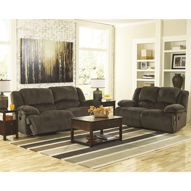 Toletta Chocolate Reclining Living Room Set Signature