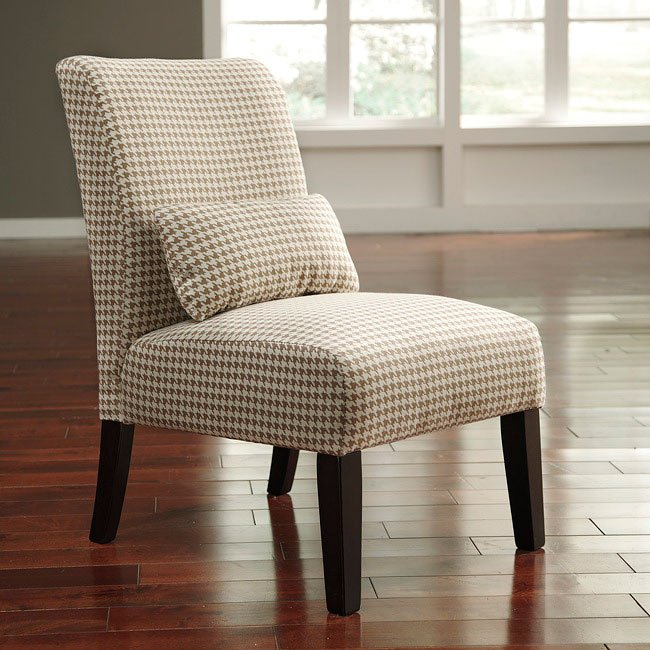 Caramel Colored Accent Chair: Annora Caramel Accent Chair By Signature Design By Ashley
