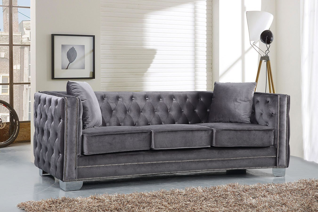 Reese Sofa Grey By Meridian Furniture
