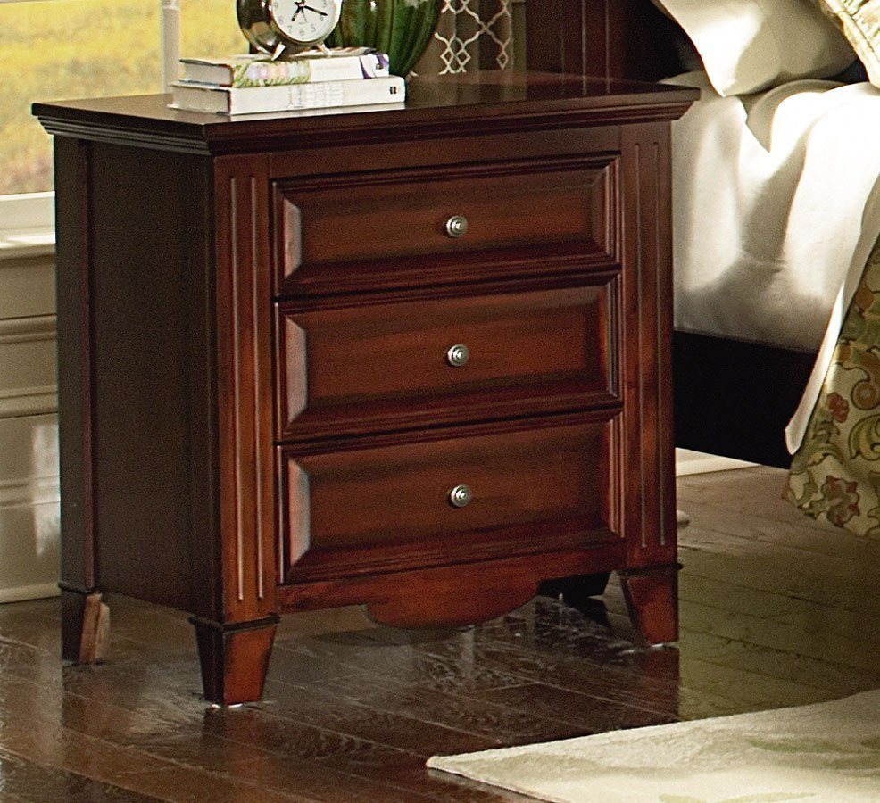 Merveilleux 1 X Drayton Hall Poster Bed (King); Drayton Hall Nightstand