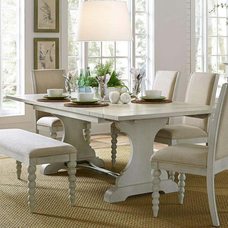Harbor View Iii Rectangular Dining Table By Liberty
