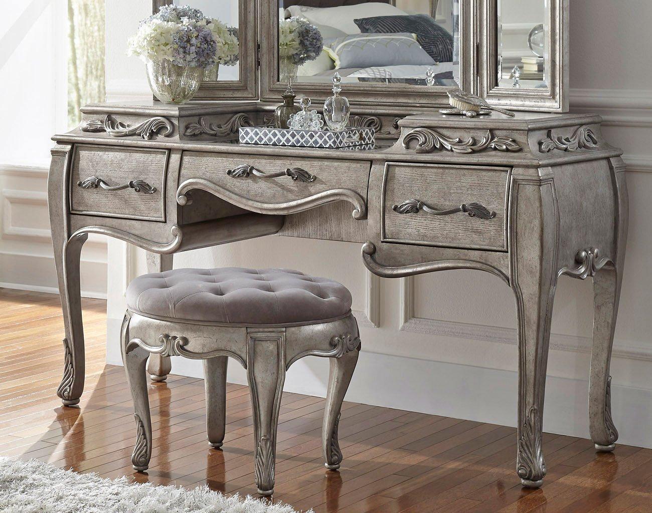 Rhianna Vanity By Pulaski Furniture Furniturepick