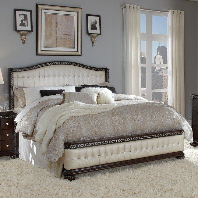 En Vogue Sleigh Bed