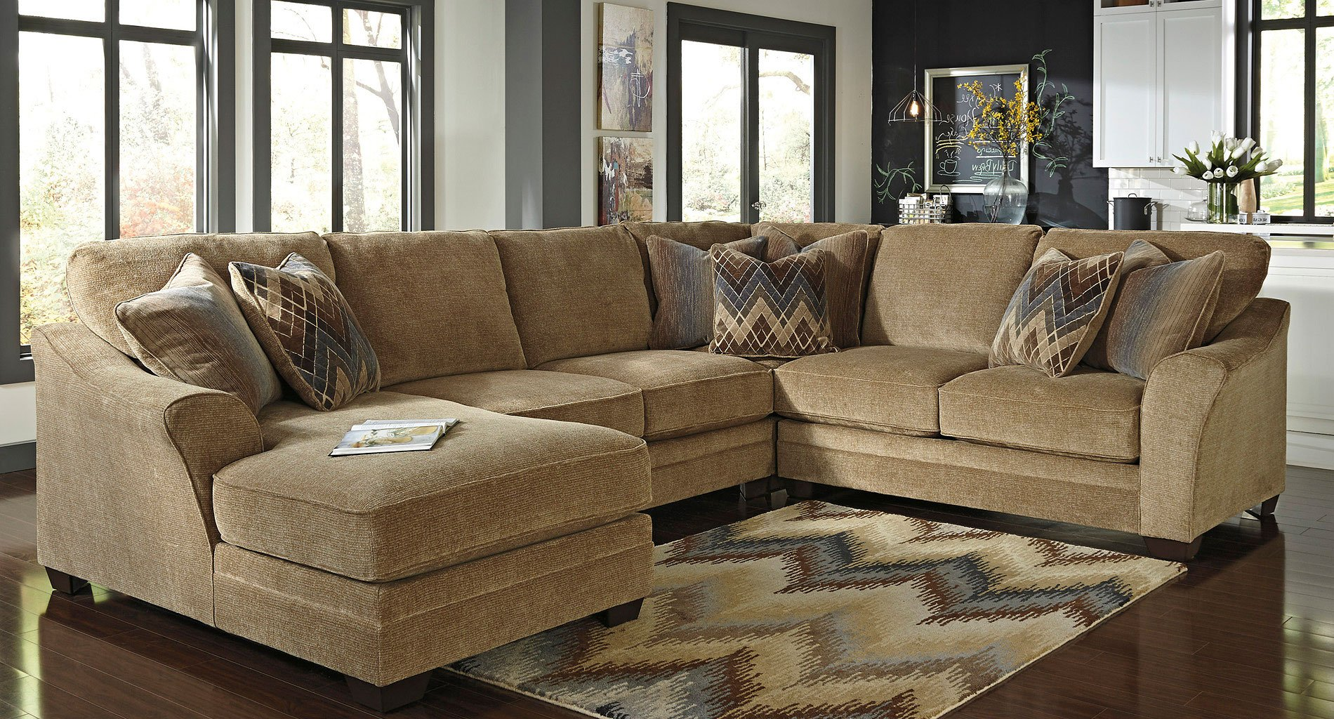 Lonsdale Barley Modular Sectional W Chaise By Benchcraft