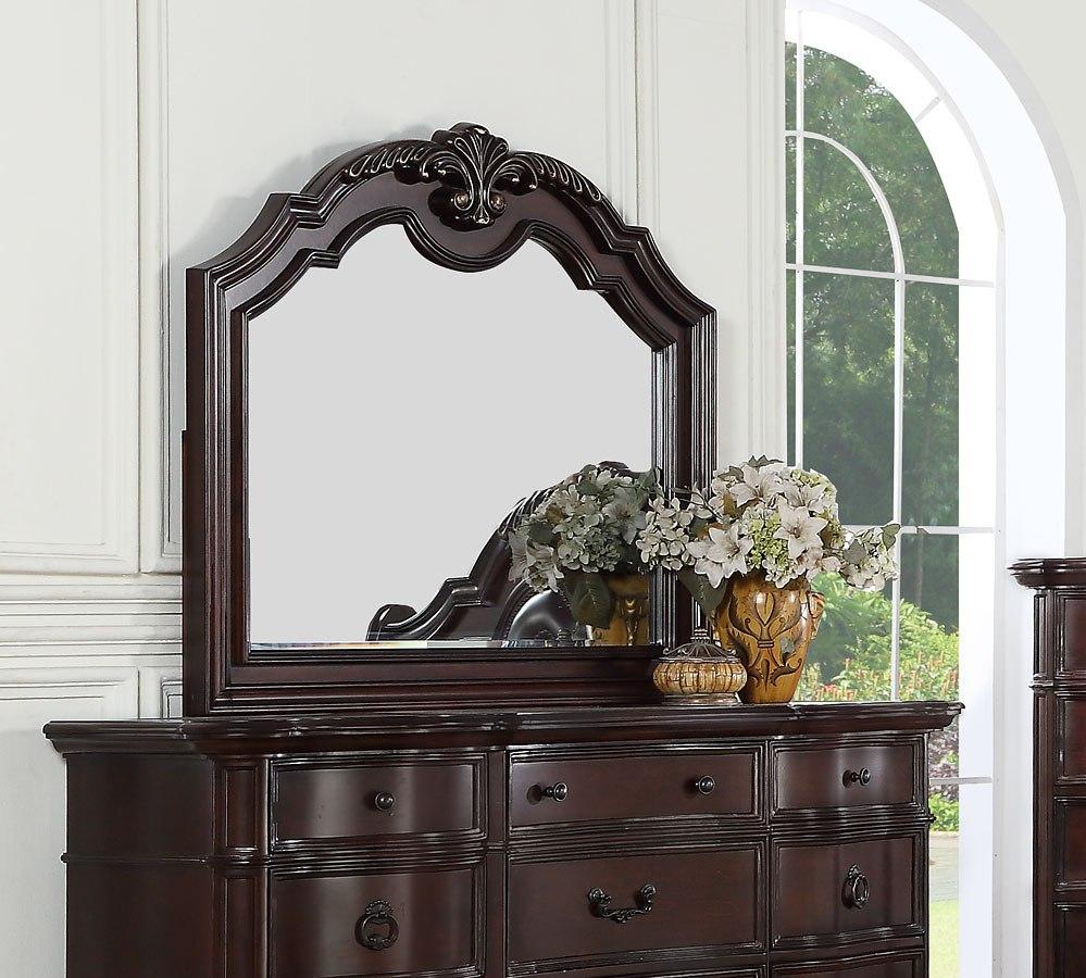 St Louis Upholstered Bedroom Set by Avalon Furniture | FurniturePick