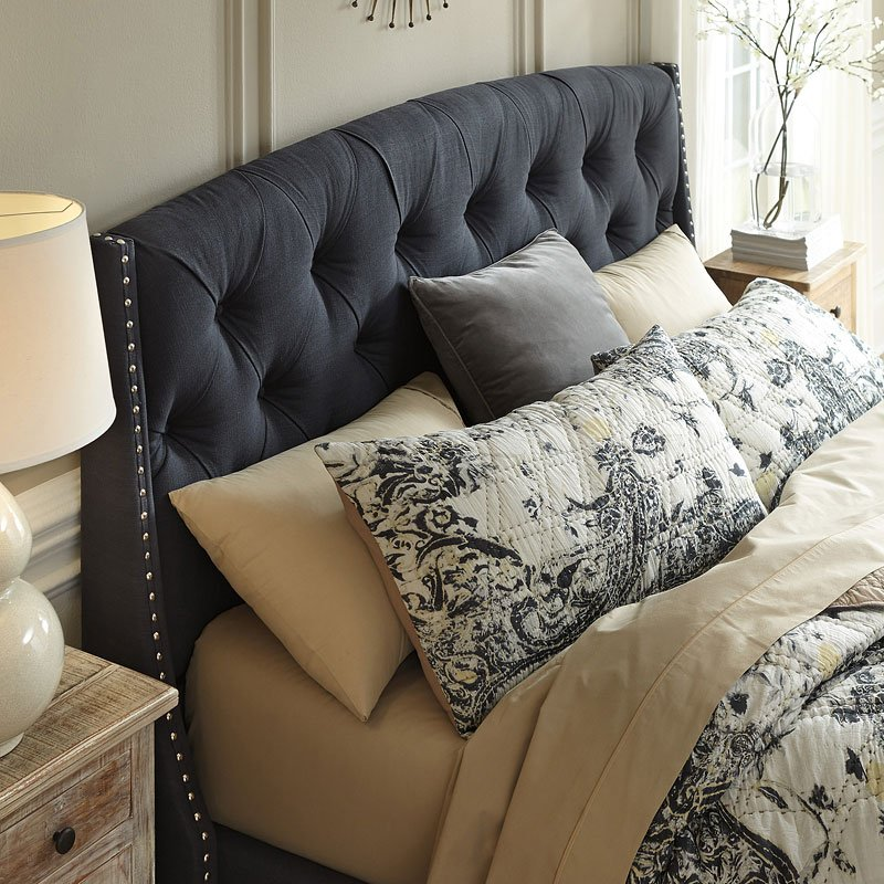 Kasidon Tufted Upholstered Bed By Signature Design By Ashley 2 Review S Furniturepick