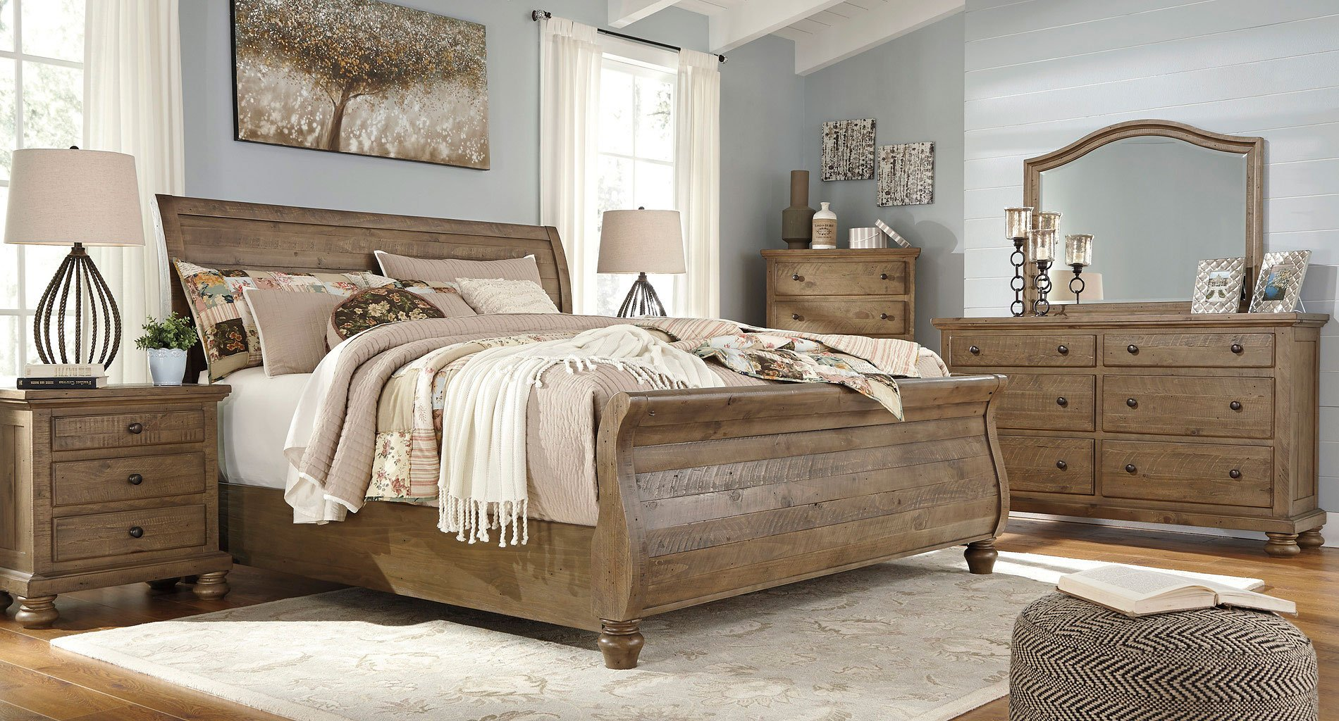 Beau Trishley Sleigh Bedroom Set