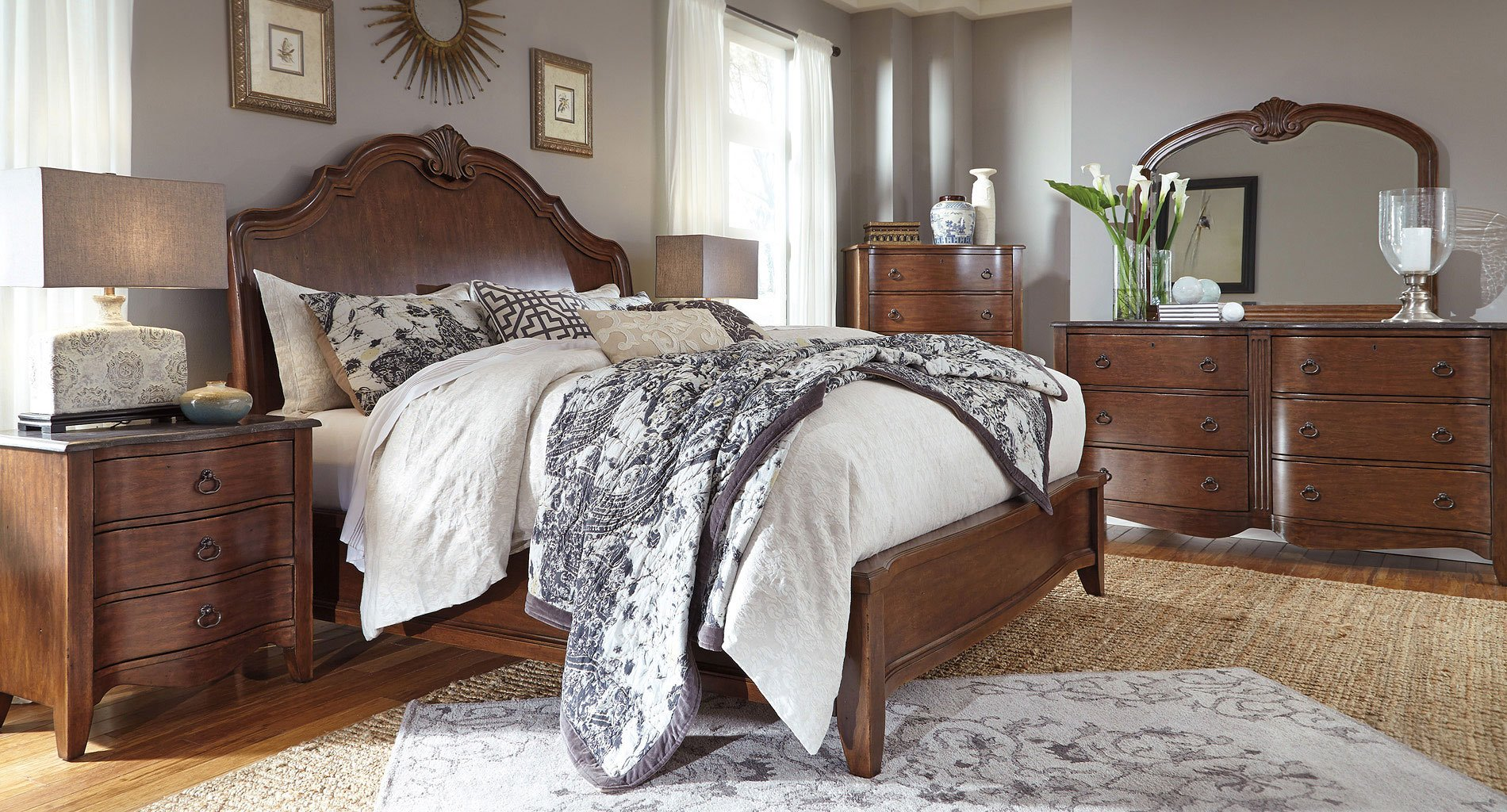 Balinder Sleigh Bedroom Set By Signature Design By Ashley