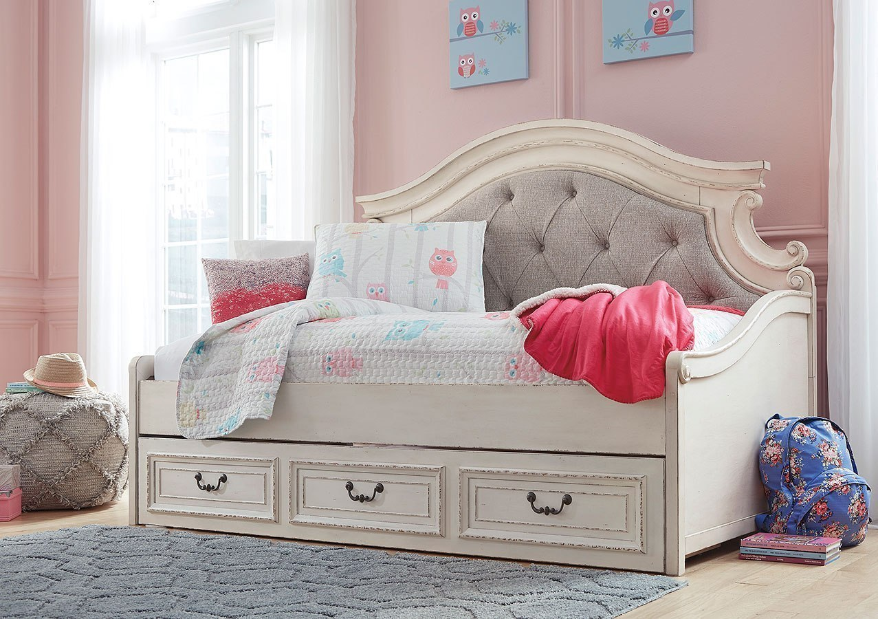 Realyn Daybed Bedroom Set By Signature Design By Ashley