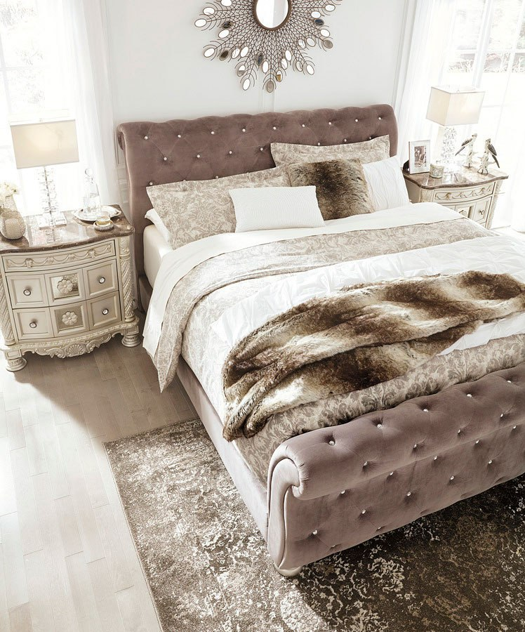 Cassimore Upholstered Bedroom Set By Signature Design By