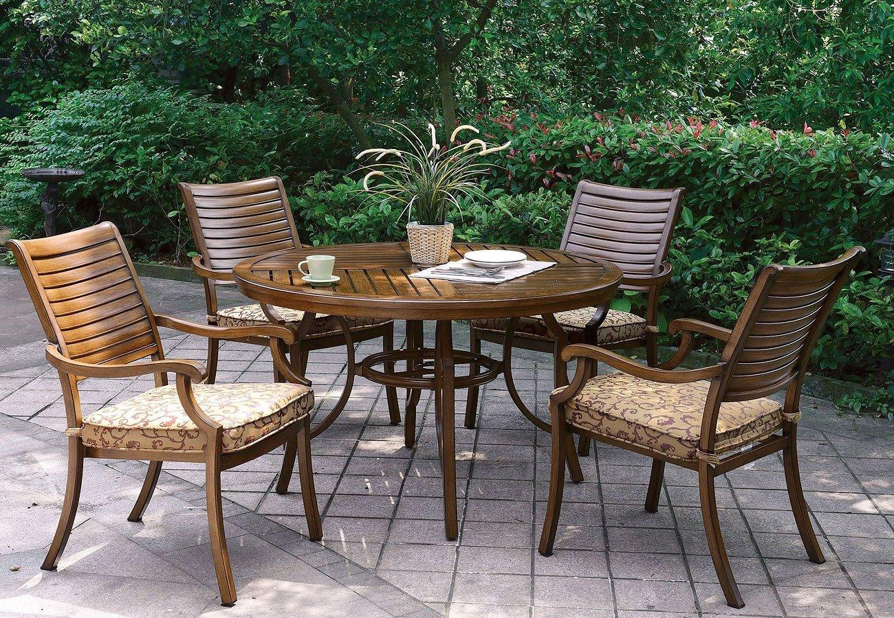 Desiree Outdoor Round Dining Set