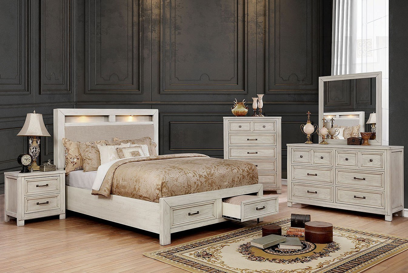 Tywyn Storage Bedroom Set (Antique White)