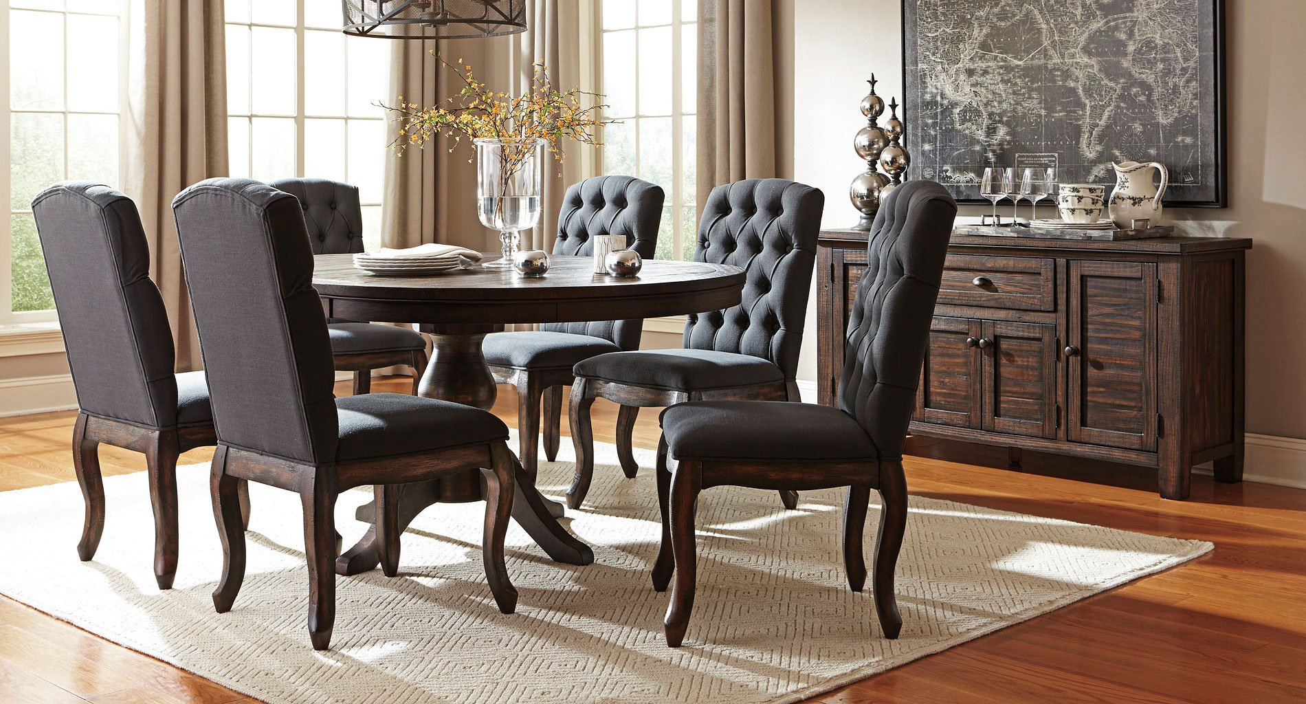 Trudell Round Dining Set W Upholstered Chairs By Signature Design By Ashley 1 Review S