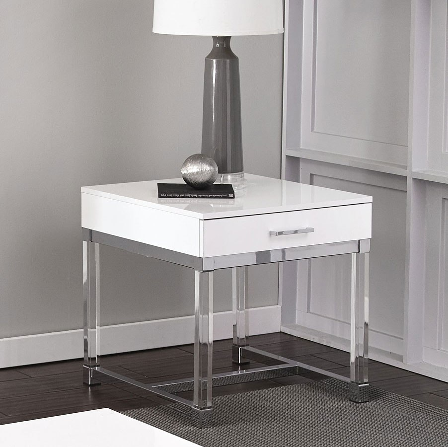 Everett Coffee Table: Everett End Table By Steve Silver Furniture
