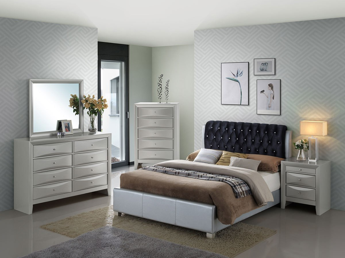 G1503c Upholstered Bedroom Set By Glory Furniture