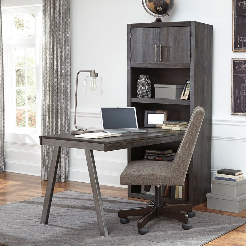 Raventown Large Home Office Set