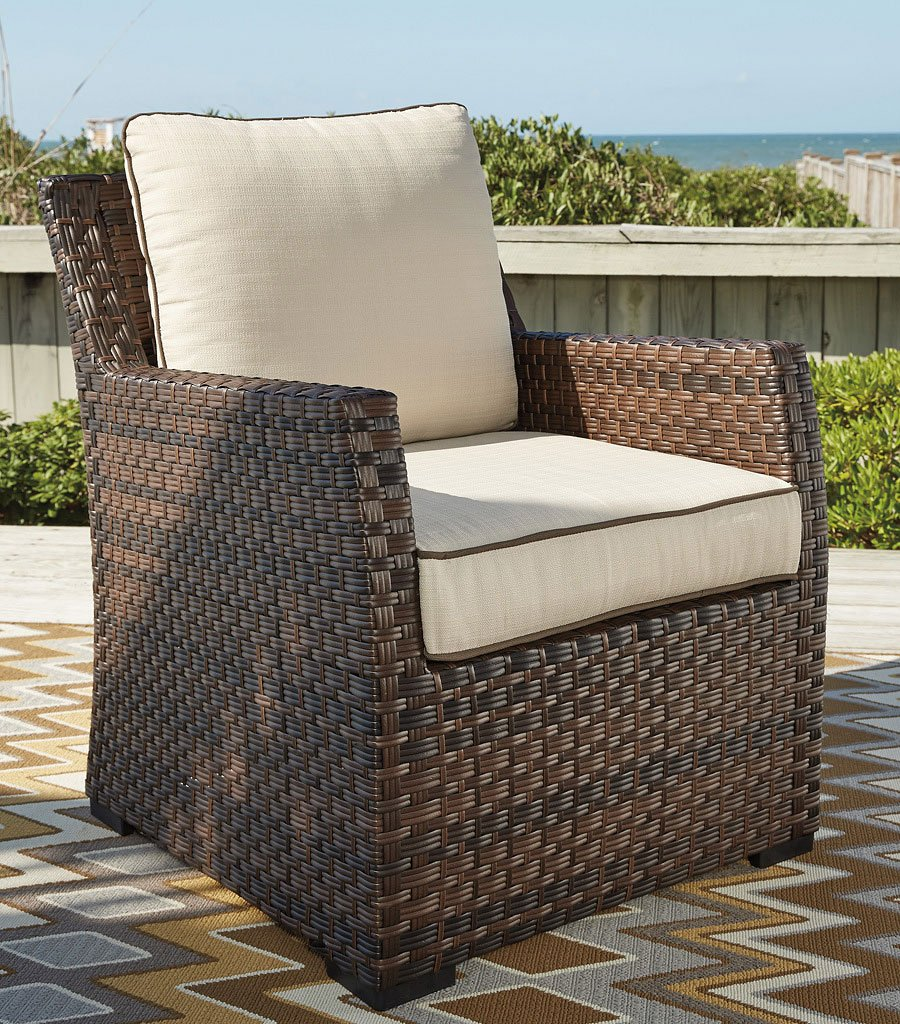 Ashley Signature Collection: Salceda Outdoor Sectional Set By Signature Design By