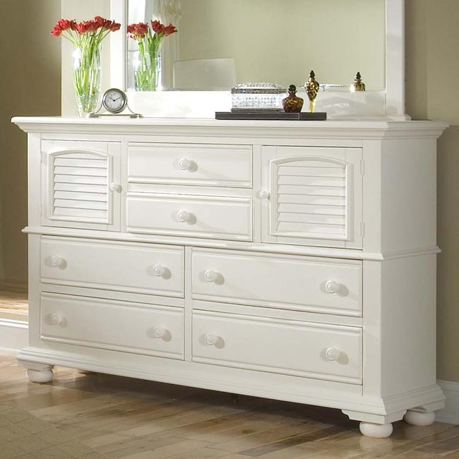 Cottage Traditions Panel Bedroom Set White American