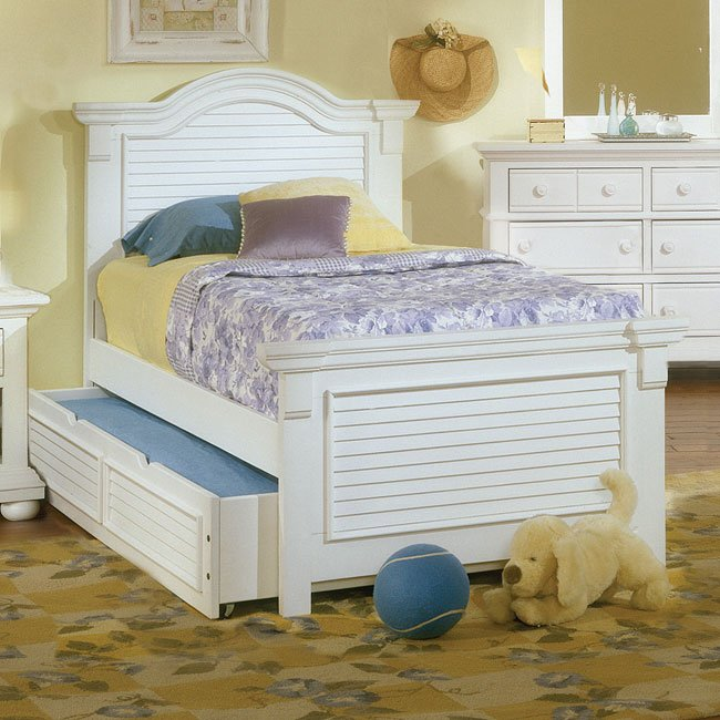 Cottage Traditions Youth Panel Bedroom Set (White) by American ...