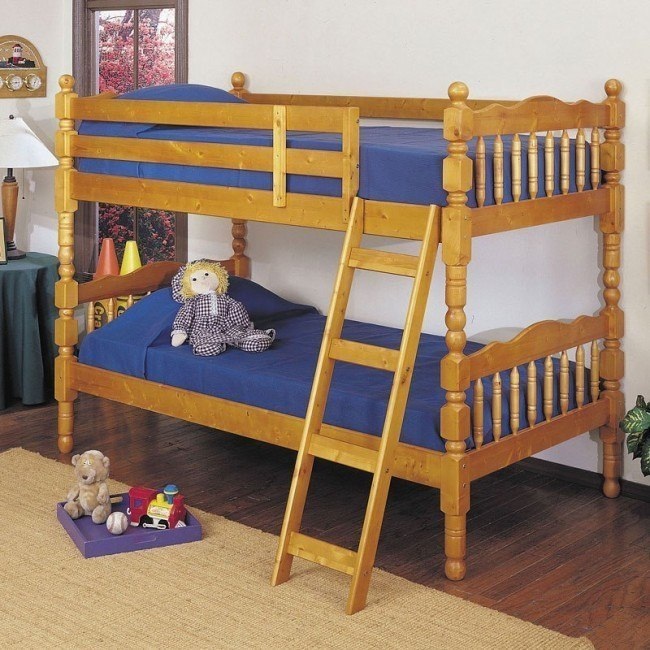Homestead Twin Bunk Bed (Honey Oak)