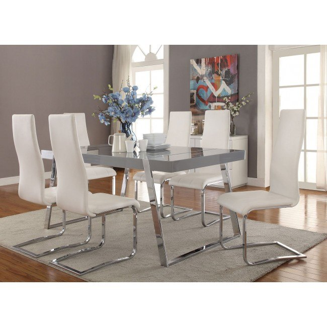 Giovanni Rectangular Dining Set w/ Modern Side Chairs