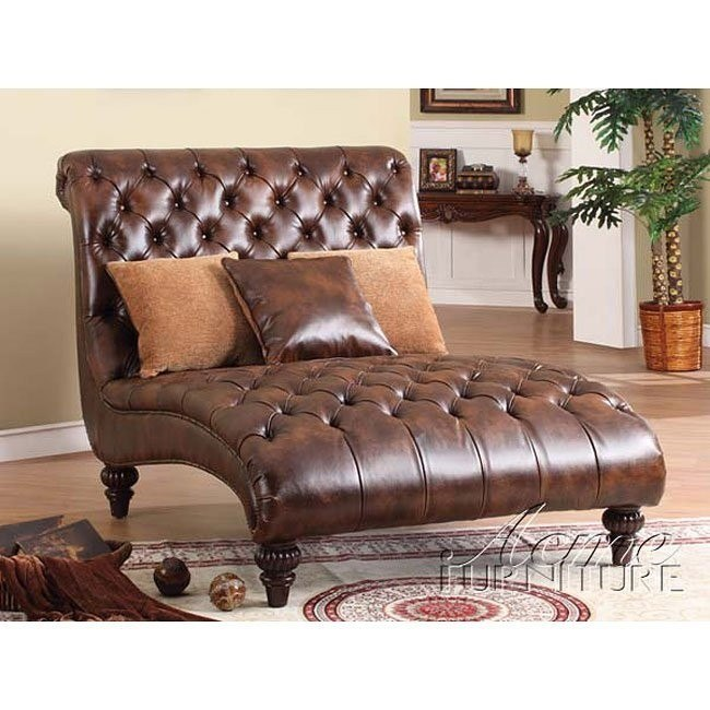 Anondale Chaise w/ 3 Pillows