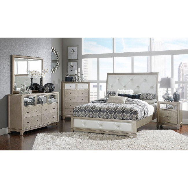 Odelia Sleigh Bedroom Set
