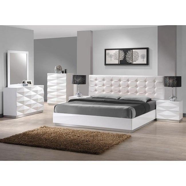 Verona Platform Bedroom Set