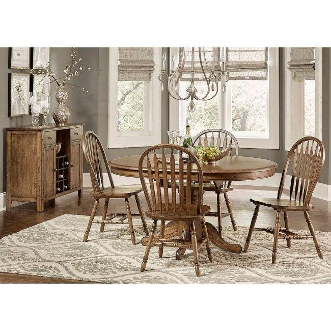 Carolina Crossing Oval Dining Room Set