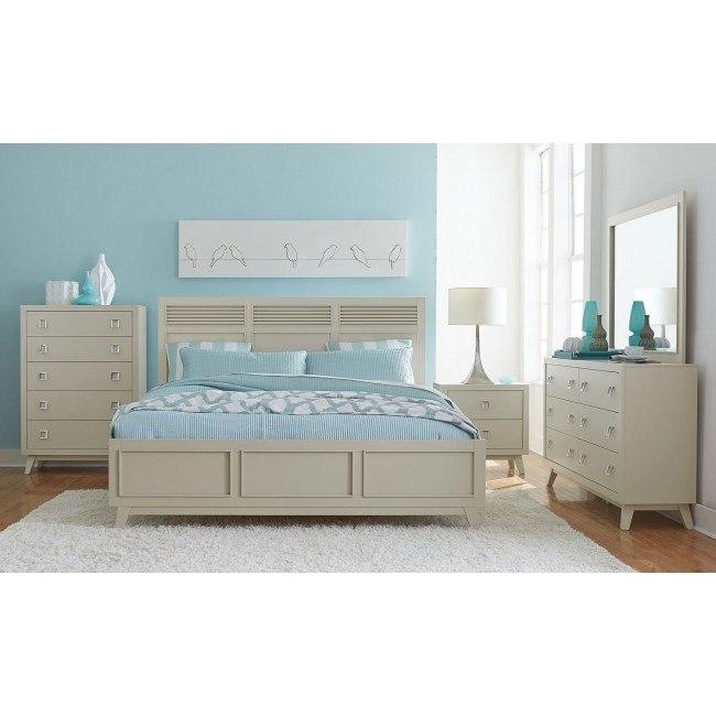 Valpico Panel Bedroom Set