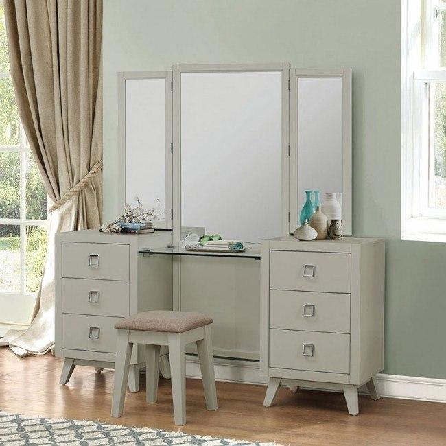 Valpico Vanity Dresser w/ Mirror