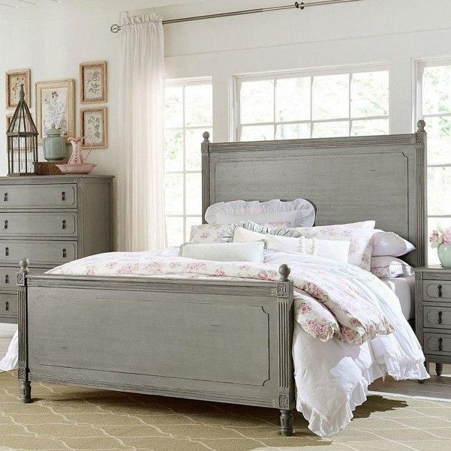 Aviana Panel Bed