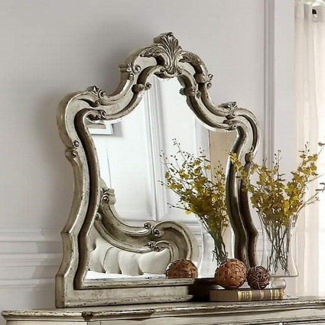 Elsmere Mirror