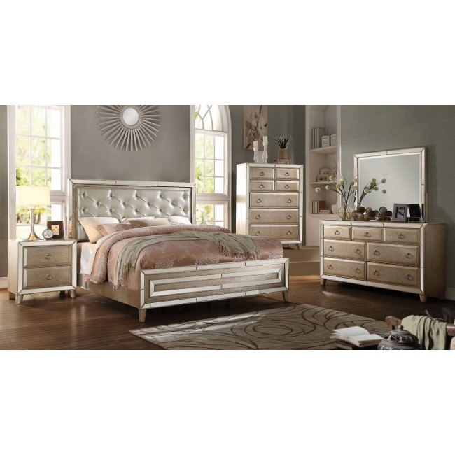 Voeville Panel Bedroom Set