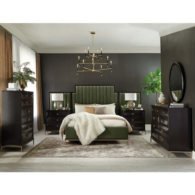 Formosa Upholstered Bedroom Set Dark Moss By Coaster Furniture
