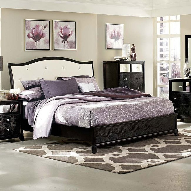 Jacqueline Sleigh Bed