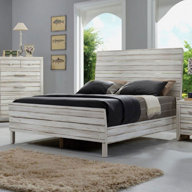 Shayla Panel Bed